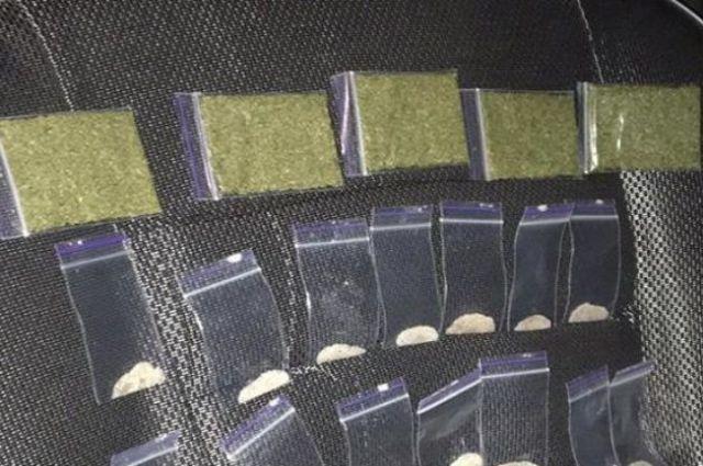В Полтавской области полиция разоблачила крупную группу наркоторговцев