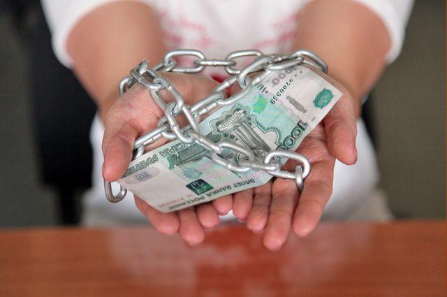 В Оренбуржье заведено уголовное дело за обман при оформлении кредита.