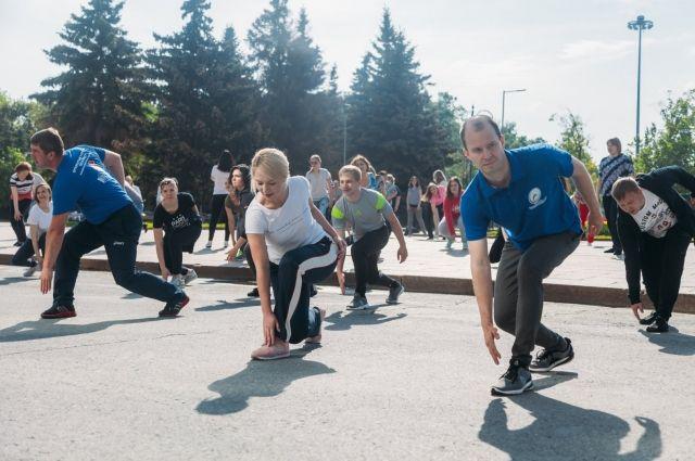 Тюменцев приглашают принять участие в чемпионате по Street Workout