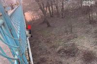 В Сумах под мостом нашли повешенным молодого мужчину