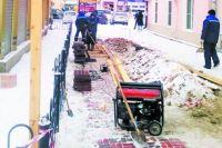 20 квадратных метров экологической тротуарной плитки уложили в Улан-Удэ у Гостиных рядов в конце декабря 2019 года.