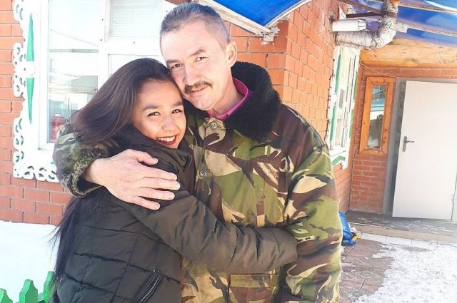 Альбина Мухаметзянова с отцом.