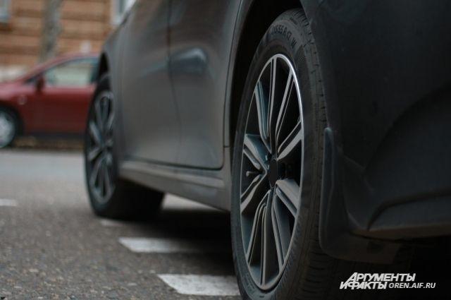 Правительство Оренбургской области планирует купить 5 новых автомобилей
