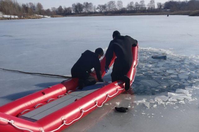 В Харьковской области рыбак провалился под лед: подробности трагедии
