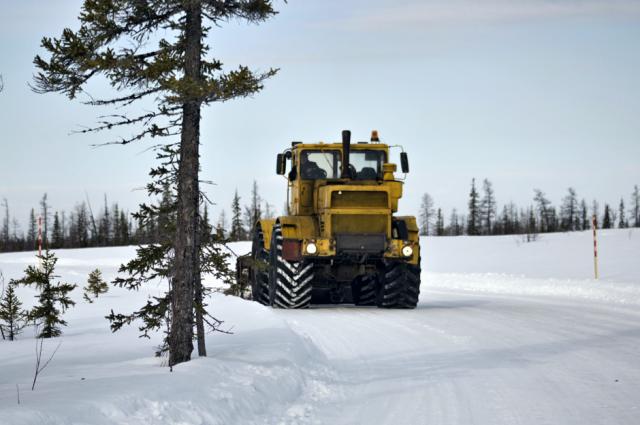 На Ямале 18 февраля работают два зимника