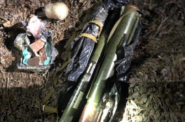 В Херсонской области обнаружен тайник с гранатометами