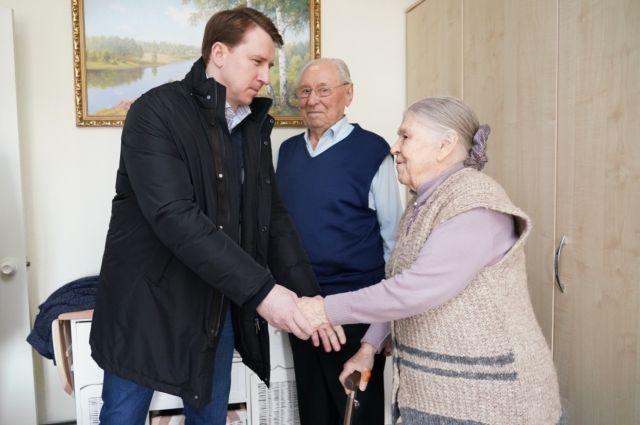 Глава Сочи Алексей Копайгородский на встрече с ветеранами Великой Отечественной войны Лазаревского района.