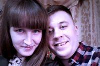 Дмитрий Лебедев не может перевезти жену и ребенка в собственную квартиру из-за аварийного состояния.