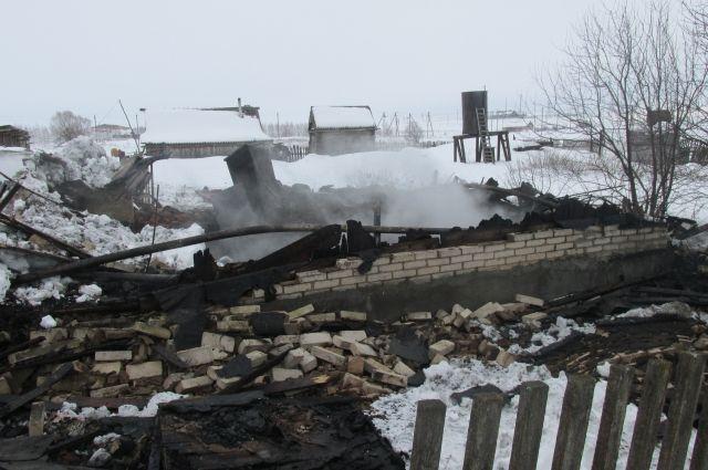 В Оренбуржье из-за пожара в селе Мочегай погиб мужчина