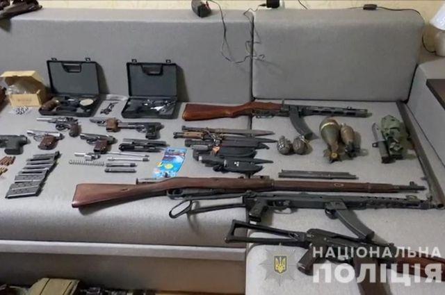В Одессу присылали на продажу оружие из зоны ООС