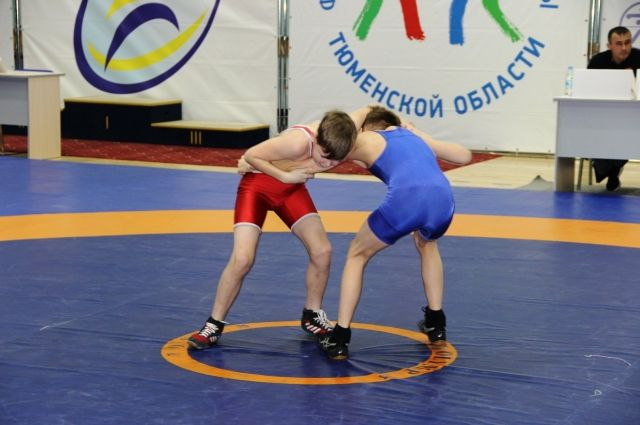 Тюменские борцы сразятся за медали городских соревнований