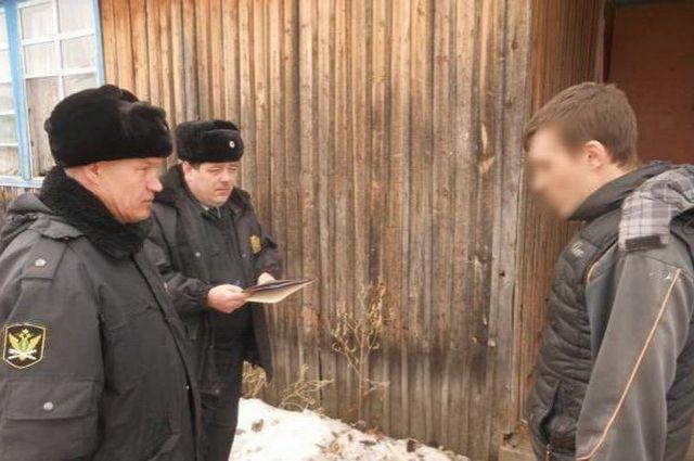 Должник отбывает наказание в одном из лесоперерабатывающих предприятий.