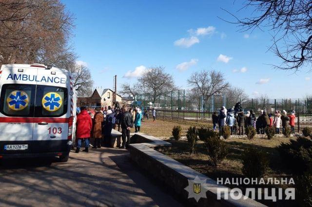 Распылили газ в школе в Киевской области: полиция установила виновника