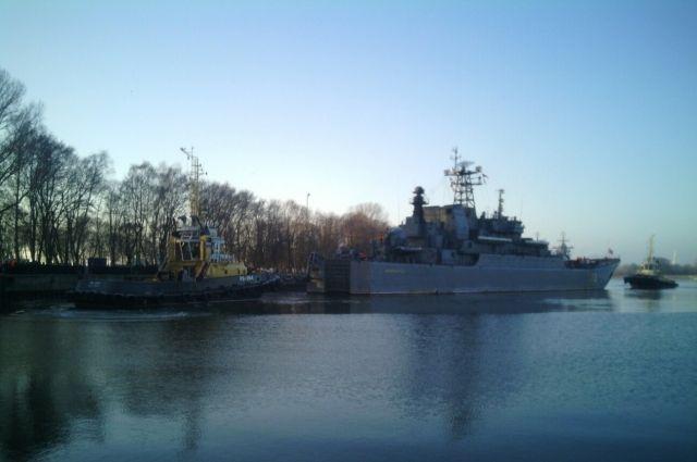 «Калининград» и «Минск» отразили условные удары авиации в Балтийском море