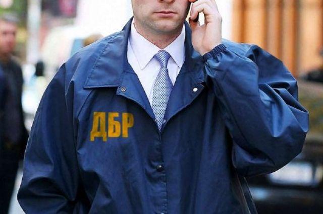 В Волынской области полицейский требовал взятку у айтишника