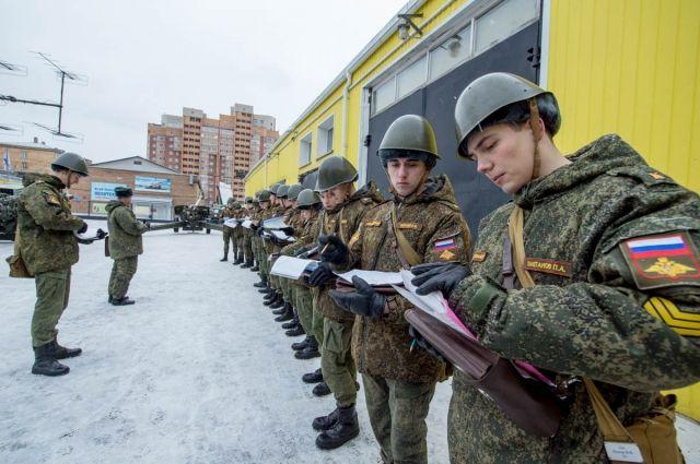 Многие курсанты с детства мечтали быть офицерами.