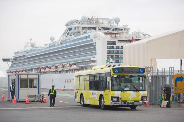 Матвиенко назвала преступлением удерживание людей на борту Diamond Princess