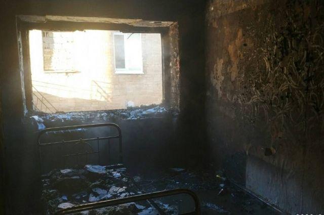 В Гае на пожаре спасены 11 человек, есть пострадавший.