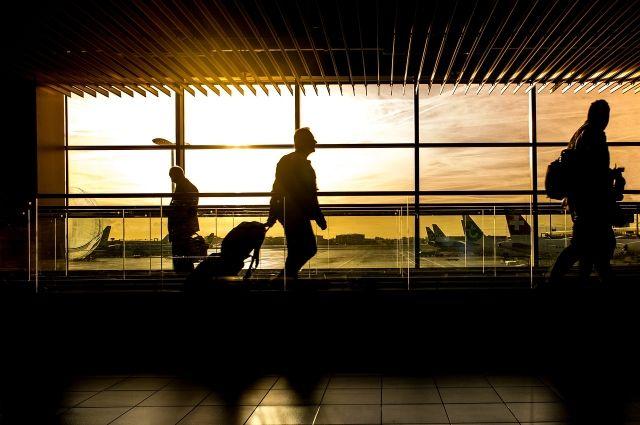 В Тбилиси врачи изолировали четырех авиапассажиров из Тегерана