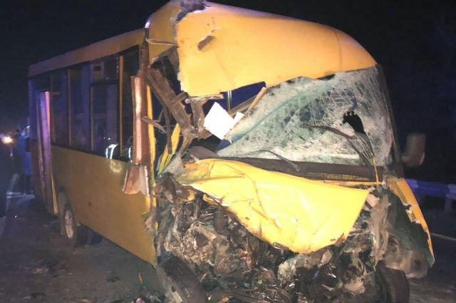 В Николаевской области произошло ДТП с участием грузовика и маршрутки