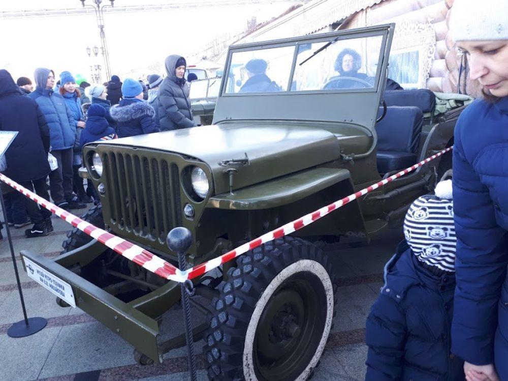 #СпецоперацияЛед, выставка ретроавтомобилей, Тюмень, 2020 | Фотогалерея.