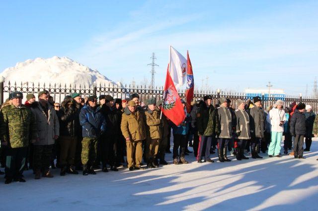 В Салехарде 23 февраля вручили медали ветеранам боевых действий