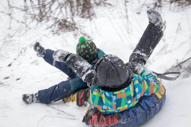 В Оренбуржье девочка сломала позвоночник, катаясь на