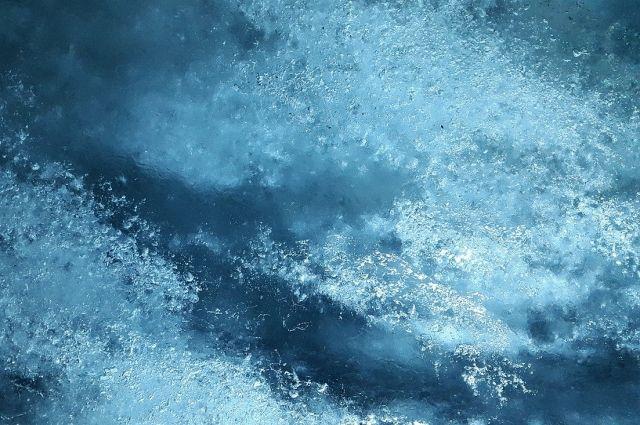 Тюменцев предупреждают об опасности хрупкого льда