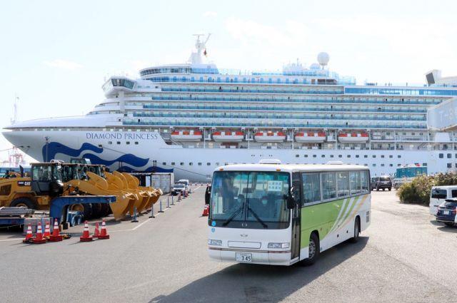 Четвертый пассажир круизного лайнера Diamond Princess умер от коронавируса