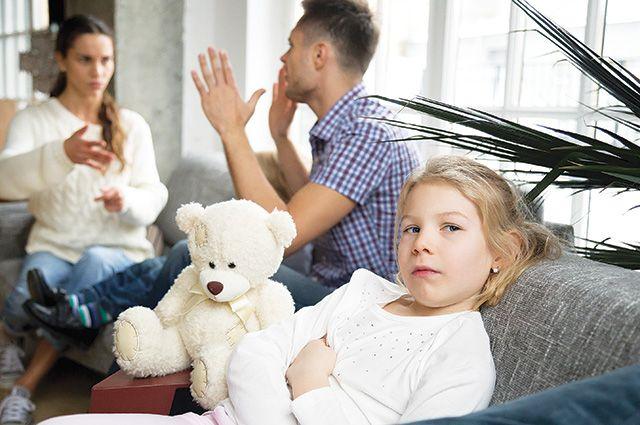 Виноваты и гаджеты: супруги мало общаются.