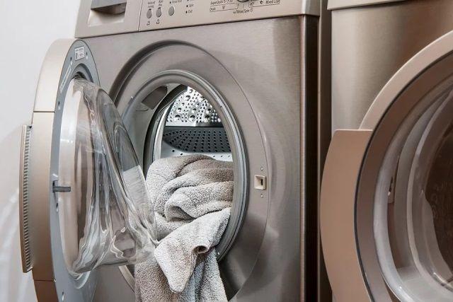 Поломка стиральной машины - разовая проблема, и большинство людей не ориентируются в ценах на ремонт. Этим и пользуются недобросовестные фирмы.