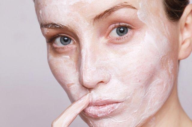 Многие забывают, что кожа выполняет не только защитную, но и дыхательную функцию.