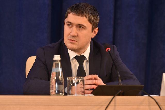 Дмитрий Жебелев будет консультировать Махонина по социальным вопросам.