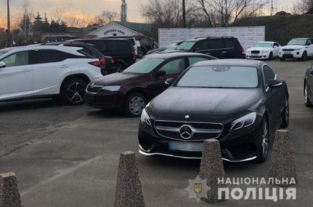 В Ужгороде депутата подозревают в угоне элитных авто из стран ЕС