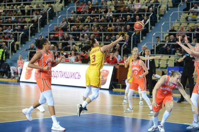 Оренбургская «Надежда» прошла в плей-офф Евролиги.