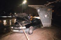 В Киеве произошла авария с участием двух автомобилей, есть пострадавшие