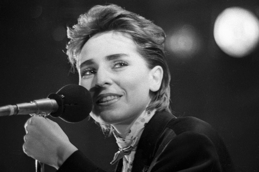 Солистка группы «Браво» Жанна Агузарова, 1987 год.