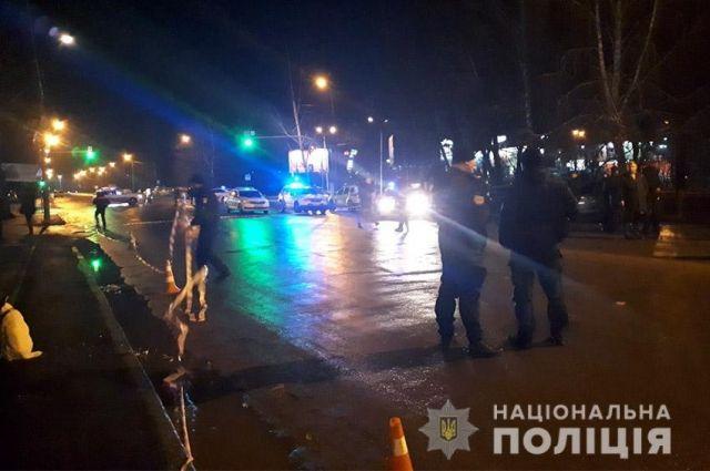 В Хмельницком обнаружили тело мужчины в собственном авто