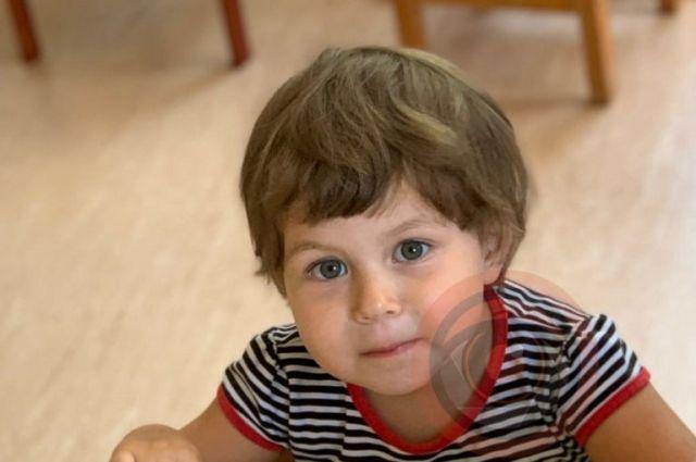 В Киеве мать украла из детодома трехлетнюю дочь: подробности