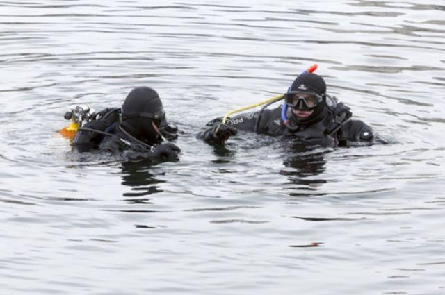 Водолазы не нашли детей, которых унесло в море в Сочи