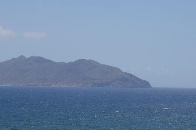 В Испании учебно-боевой самолет ВВС рухнул в море