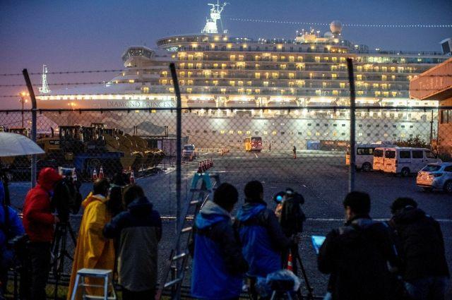 Ещё у двух украинцев с лайнера Diamond Princess обнаружили коронавирус