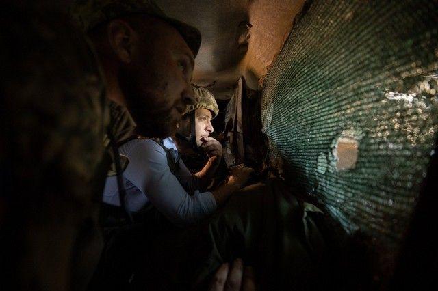 Опрос: 70% украинцев недовольны работой властей по Донбассу