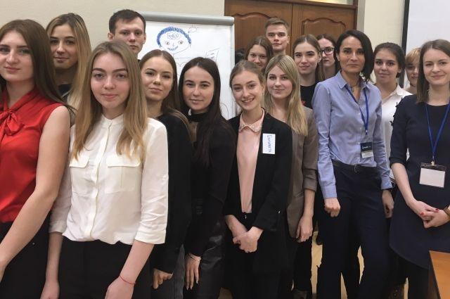 Деловая игра «Мир успешных людей» была организована для студентов экономических факультетов Сибирского института управления и Новосибирского государственного аграрного университета.