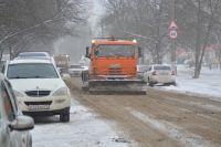 Ежесуточно с улиц Новосибирска вывозят от 23 до 29 тысяч кубометров снега.
