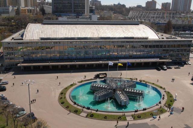 В Киеве «минированием» пытались сорвать «Форум больших мечтателей»