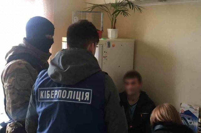 В Киевской области мошенники украли с банковских карт пять миллионов гривен