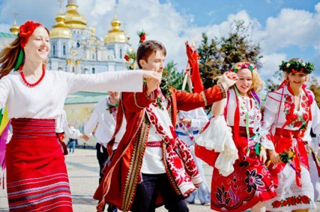 Перерасчет пенсий и раскодирование каналов: изменения в Украине с 1 марта