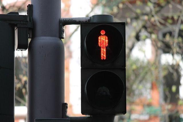 В Оренбурге из-за замыкания в центре города несколько дней не работает светофор.