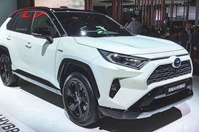 В феврале рынок новых авто вырос на 21%